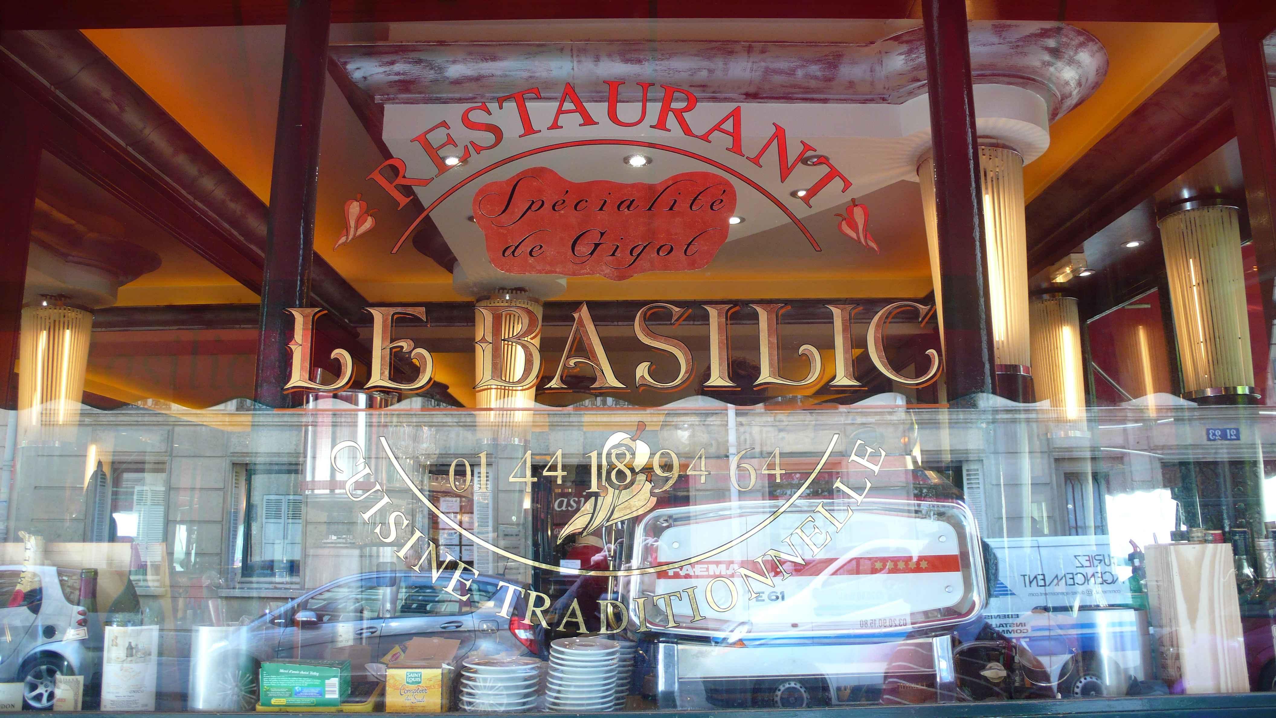 Le Basilic mai 2010